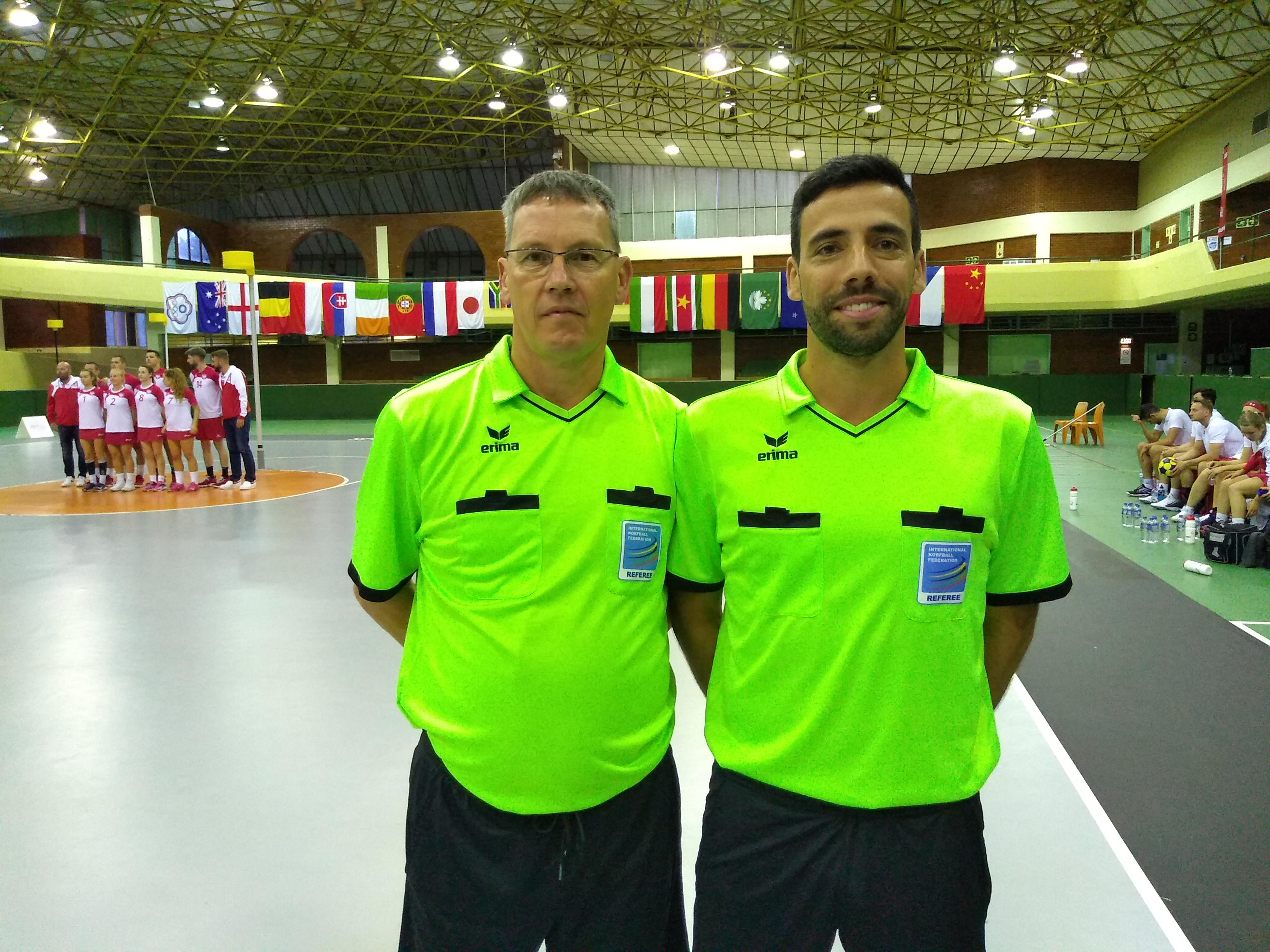 Steve Jones, WAL & Carlos Faria, POR.